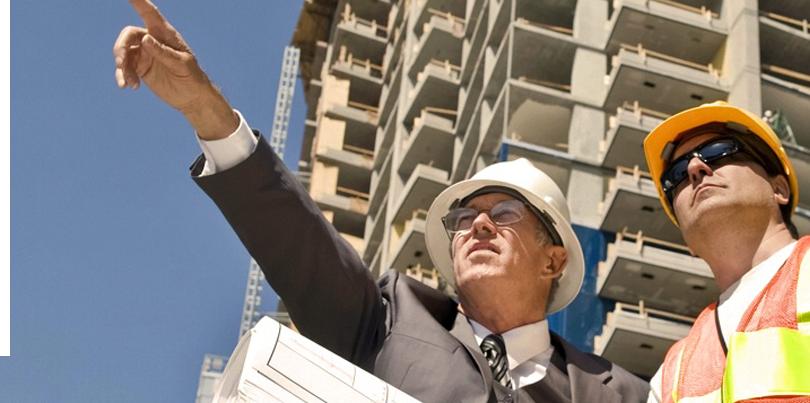Reyna constructii civile profesionisti la lucru
